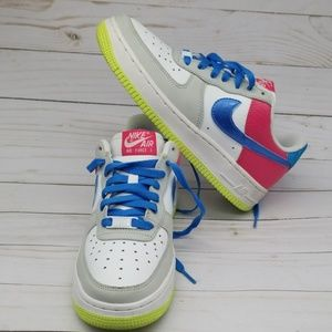 NIKE AIR FORCE 1 YOUTH/WOMEN SHOES